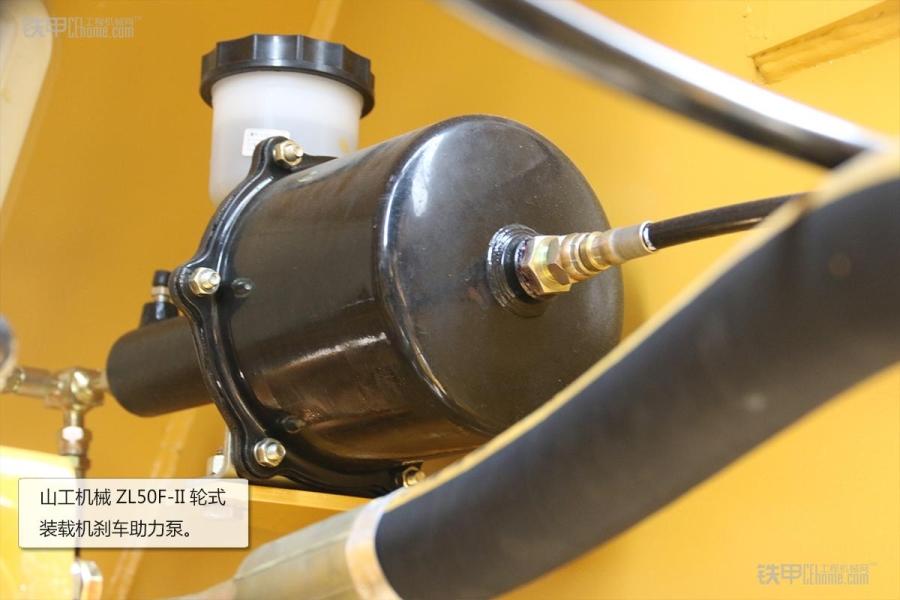 操作简单且耐用山工墨画ZL5050F装载机图赏_铁教程龙水机械视频图片