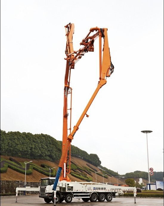 全球首创 中联重科横折臂技术泵车入市