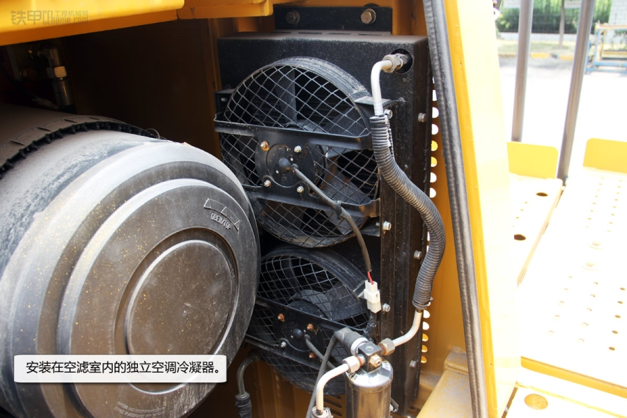 lw1200k搭载一台康明斯qsk19六缸四冲程涡轮增压电喷