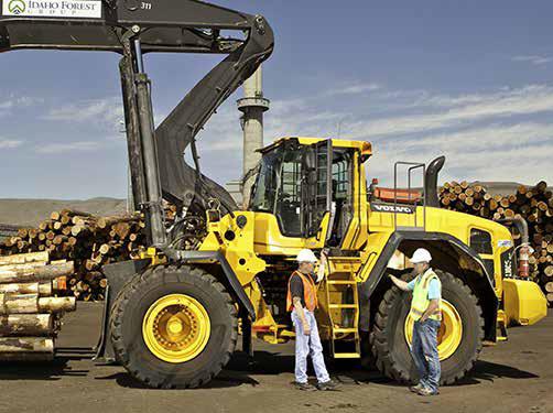 沃尔沃高举升装载机助力美国木材巨擘