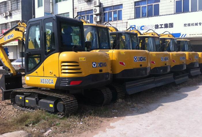 徐工xe80c挖机提车报告 价格过程统统全