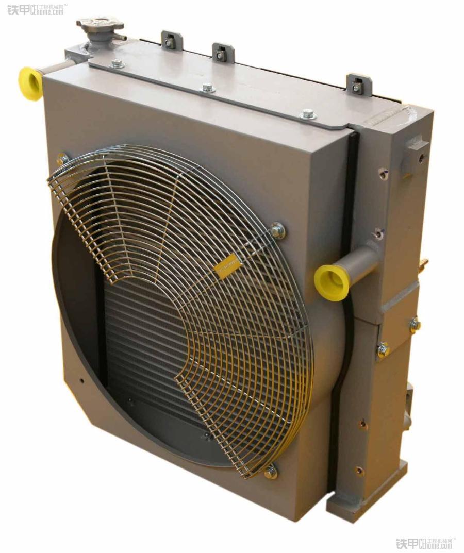 工程机械发动机冷却系统及风扇工作形式