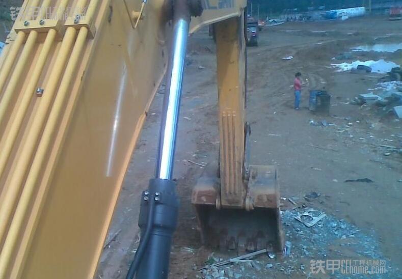 想买一辆二手挖掘机,我应该如何试车呢 ?(图6)