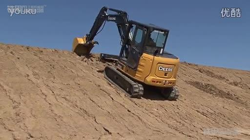 挖机爬坡有技巧,一口气上到顶,不费劲儿!(图1)