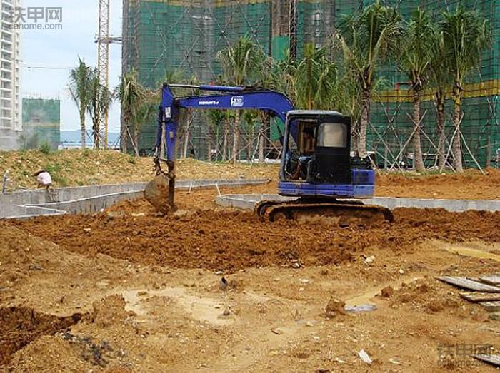 挖掘机10大高难度技术(6)——整平作业(图5)