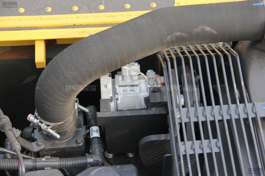 挖掘机空调怎样保养?这六点都记牢了!(图3)