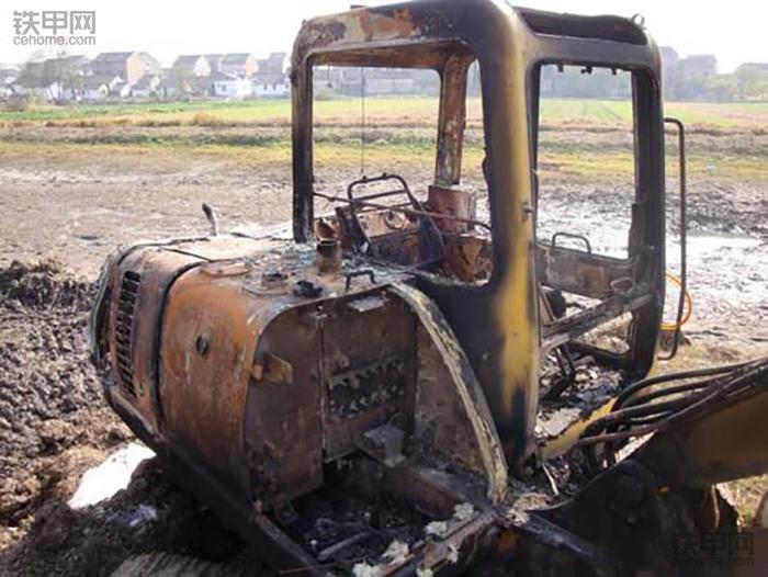 一把火回到解放前,如何避免挖掘机火灾事故?(图4)