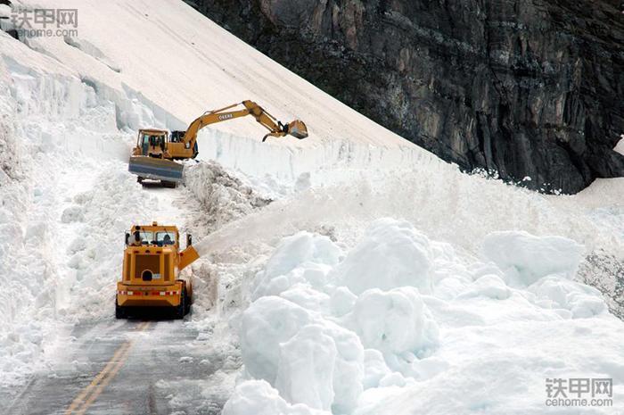 挖掘机在高寒地区为什么启动困难? 这里有6个高级解决办法!(图2)