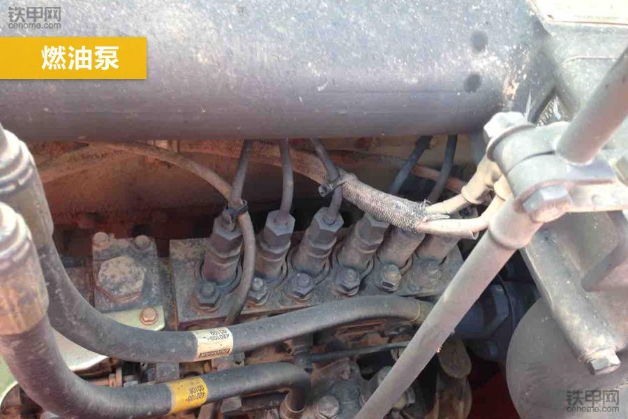 斗山DH300LC-7的油泵