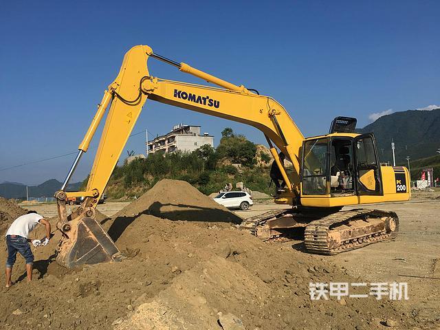 熱銷二手挖掘機top5:小松PC200-7