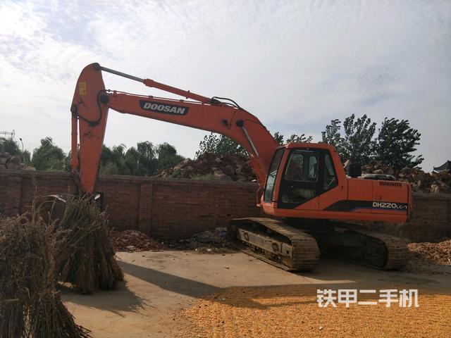 熱銷二手挖掘機top6:斗山DH220LC-7