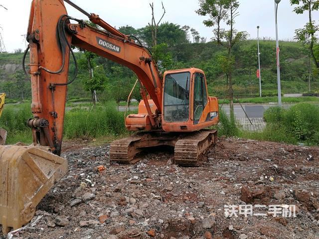熱銷二手挖掘機top8:斗山DH150LC-7