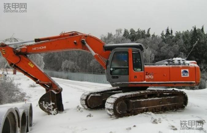 大雪来临! 挖机司机要知道的那些事(图4)