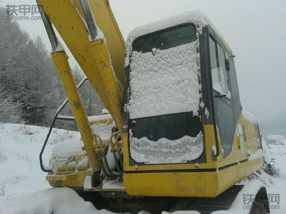 大雪来临! 挖机司机要知道的那些事(图3)