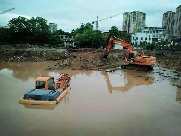 水陆挖掘机租赁